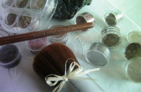 Mineral Kosmetik im System
