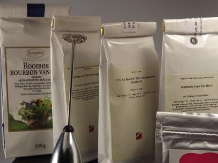 Vier aromatische Teesorten