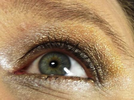 Augen Make-Up in Gold