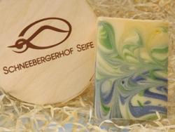 Handgesiedete Bioseife der Seifenmanufaktur Schneebergerhof Seife