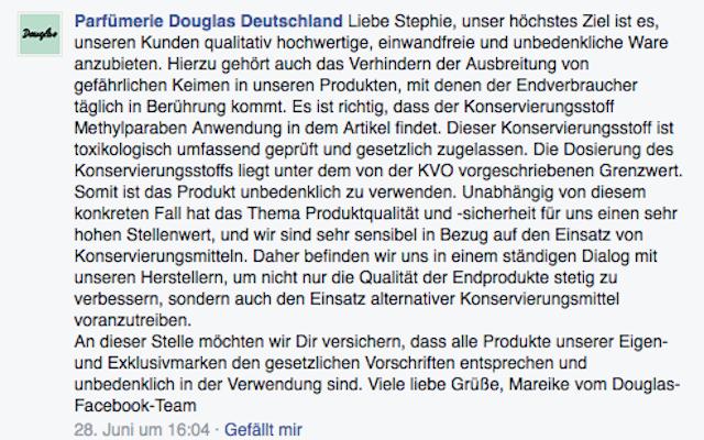 Douglas zur WM-Fanschminke